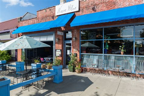 never blue downtown hendersonville