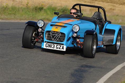 built cars caterham seven 620r