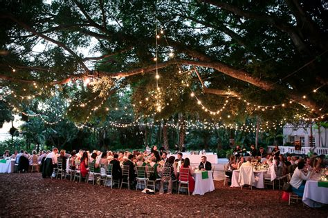 Sarasota Wedding At Selby Gardens Featured In Wedding Blog Selby Botanical Gardens Wedding