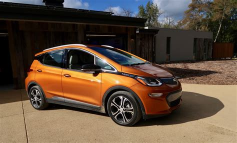 electric cars 2017 test drive the 2017 chevy bolt electric car i new cars