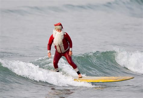 santa surf and fun run newquay