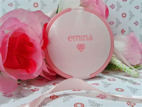 Bedak Emina review emina cosmetics bare with me mineral compact powder mineral powder 我的美丽日记