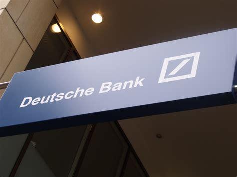 deutsche bank dividende deutsche bank cryan verbucht rekordverlust und streicht
