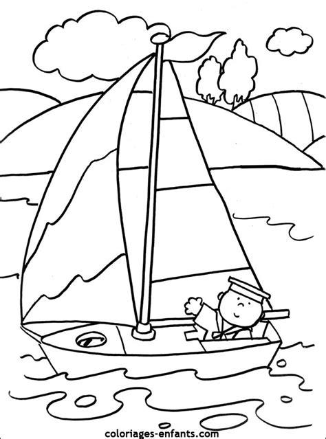 dessin sur bateau les coloriages de bateaux 224 imprimer sur coloriages