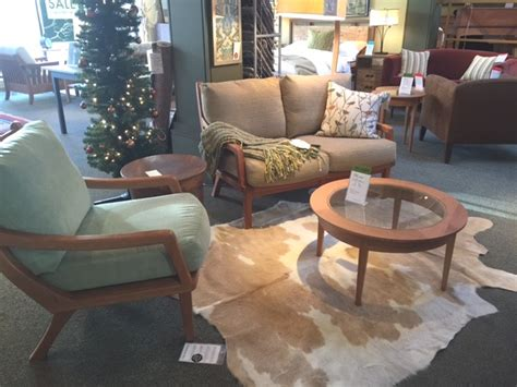 Manayunk Furniture pompanoosuc mills furniture showroom manayunk handmade furniture in vermont shopping