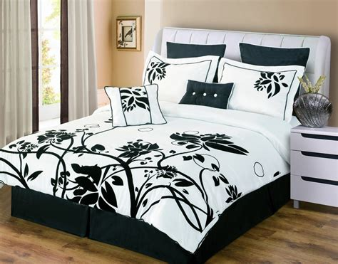 black and white king size comforter sets galer 237 a de im 225 genes ropa de cama