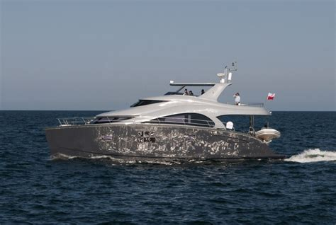 catamaran boat dubai sunreef 60 power yacht charter superyacht news