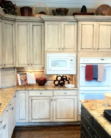 whitewash kitchen cabinets roselawnlutheran whitewash kitchen cabinets photos functionalities net