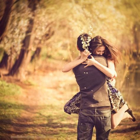images of love couples hugging cute couple hugs feelings lovers 4loveimages