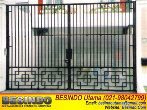 Foto Dan Ranjang Besi model pagar besi dengan berbagai desain dan warna holidays oo