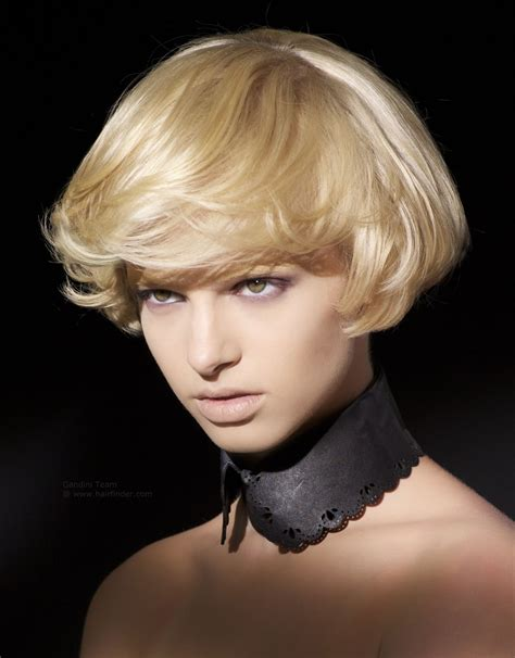 ear length bob hairstyle ear lobe length short haircut with a bit of layering