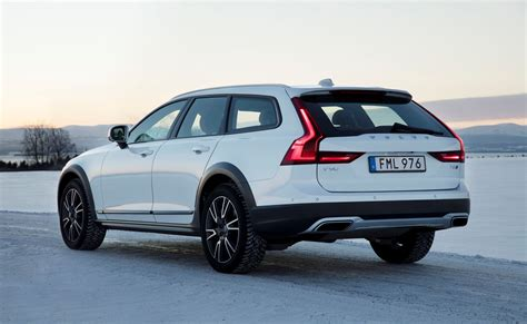 volvo canada volvo car canada reports 27 5 percent growth for 2016