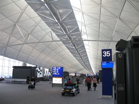 5 things to do in hong kong for adventure seekers 9 things to do in hong kong airport hong kong expats