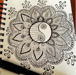 doodle significado beautiful mandala and yin yang on