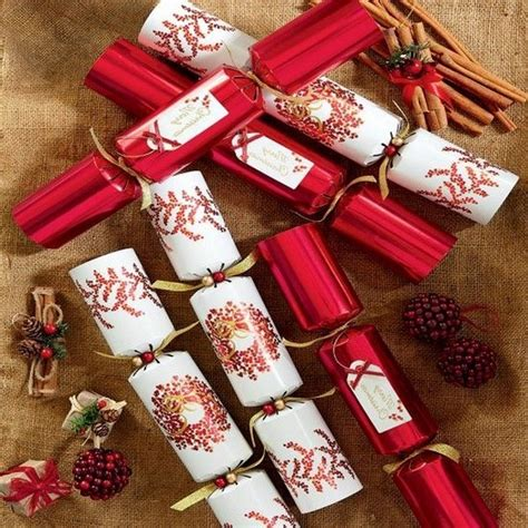 christmas cracker decorations images history of crackers
