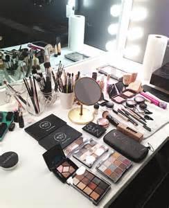 Professional Makeup Vanity Set Kandeej Make Up Monday A Make Up Artist