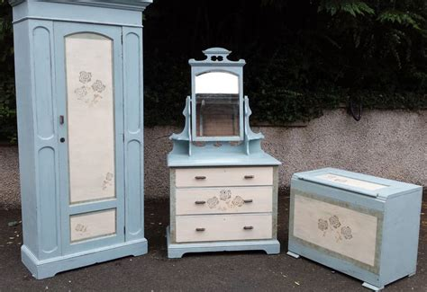 1000 images about shabby chic hand painted furniture on