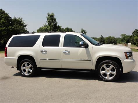 all car manuals free 2011 chevrolet suburban 1500 head up display service manual how to take a 2011 chevrolet suburban 1500 tire off 2011 chevrolet suburban