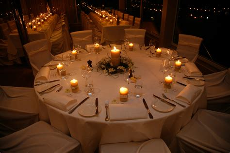 wedding table decoration b beeswax candles - Wedding Table Decoration Ideas With Candles