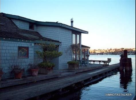 sleepless in seattle houseboat 57 best decor images on decor