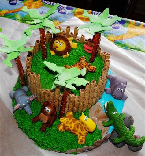zoo themed birthday cake ideas zoo cake lori s sweets birthday cakes pinterest