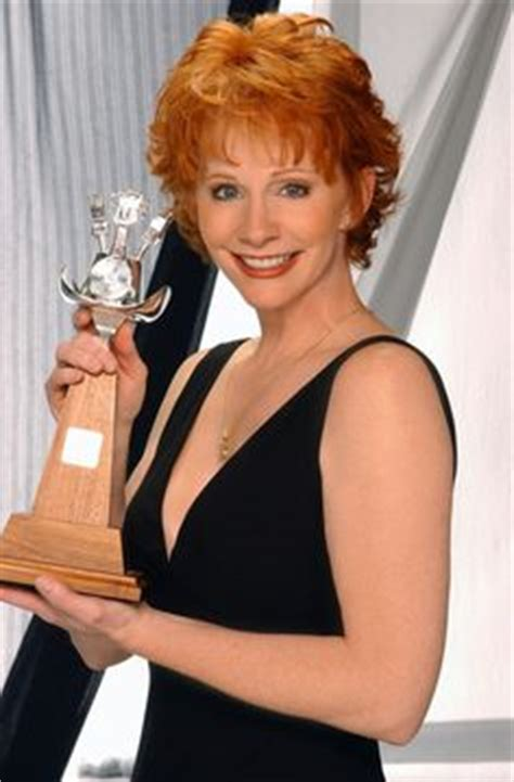 pics of reba mcintyre in pixie hair style 1000 images about hair styles on pinterest short curly
