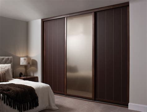 Modern Bedroom Closet Doors Modern Wooden Wardrobe Designs For Bedroom Home