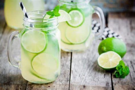 alimenti per bruciare grassi bruciare i grassi con una deliziosa limonata vivere pi 249 sani