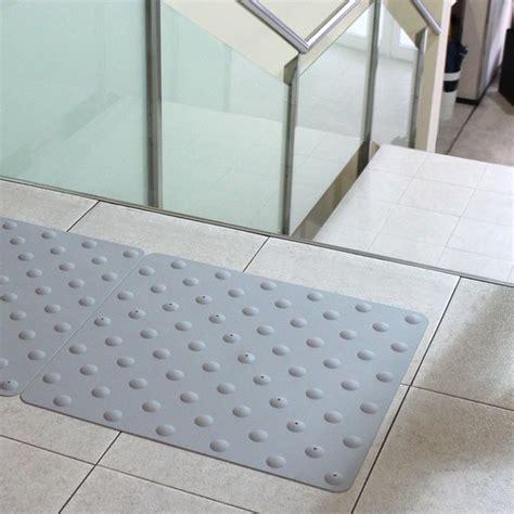 pavimenti tattili pavimento tattile in poliuretano per interni ed esterni
