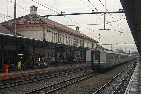 denah tempat duduk kereta api tegal arum inilah 11 stasiun kereta api terbesar di indonesia fathoni16
