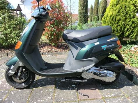 Piaggio Roller 125 Gebraucht Kaufen by Piaggio Skr 125 In Neulu 223 Heim Piaggio Vespa Ape Roller