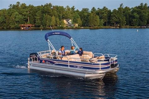 sun tracker pontoon boat reviews 2015 sun tracker fishin barge 22 dlx review top speed