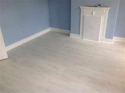 interlocking laminate flooring cheap easy and fast