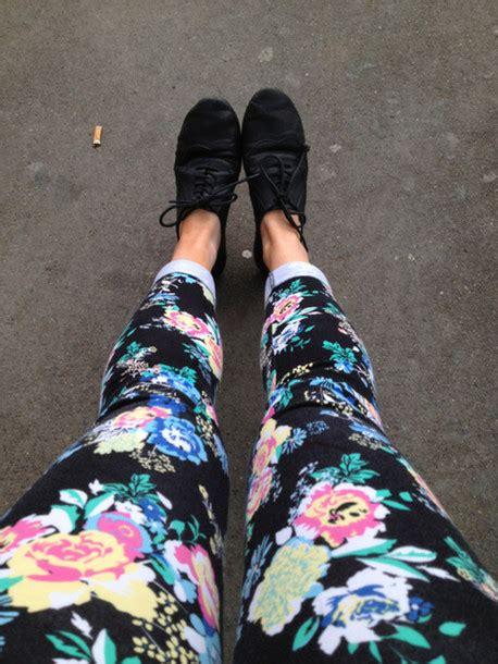 pattern pants tumblr pants floral jeans shoes leggings printed leggings