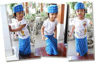 Sarung Anak Kecil sarung atlassarung java sarung anak pas dipakai nyaman di pandang