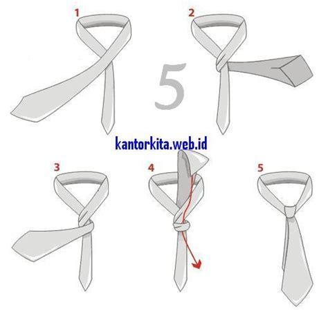 tutorial memasang dasi cara membuat simpul dasi kantorkita net
