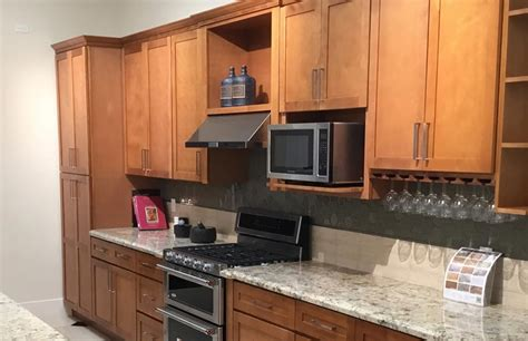 Honey Shaker Kitchen Cabinets by Cabinets En Counters David Pellegrino Remodeling