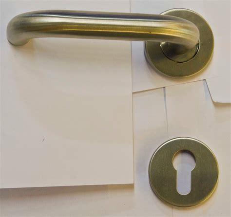 Kunci Pintu Tesa Pd Gemilang Semangat Pull Handle Pintu Gah