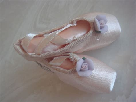 Mini Ballet 1 mini ballet pointe shoes hair clip and or lapel clip with