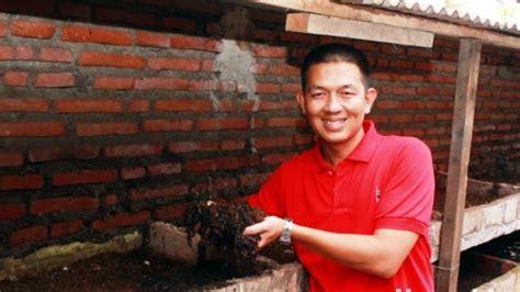 Ternak Cacing Gagal kisah sukses peternak cacing tanah abdul azis adam