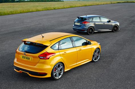 Door Design by Ford Focus St Review 2017 Autocar