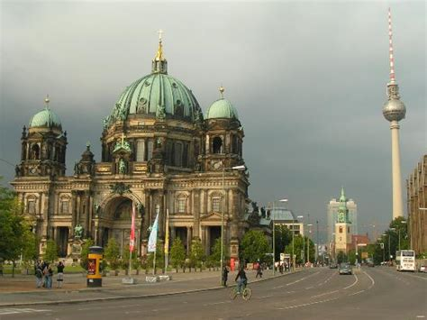 berlin the best of berlin for stay travel books berlin cathedral and tv tower
