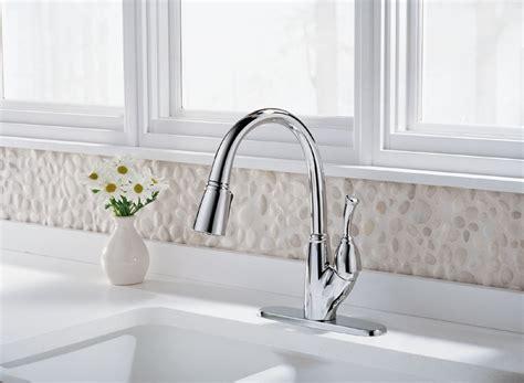 delta faucet 989 allora single handle kitchen pull out delta 989 dst allora single handle pull down kitchen