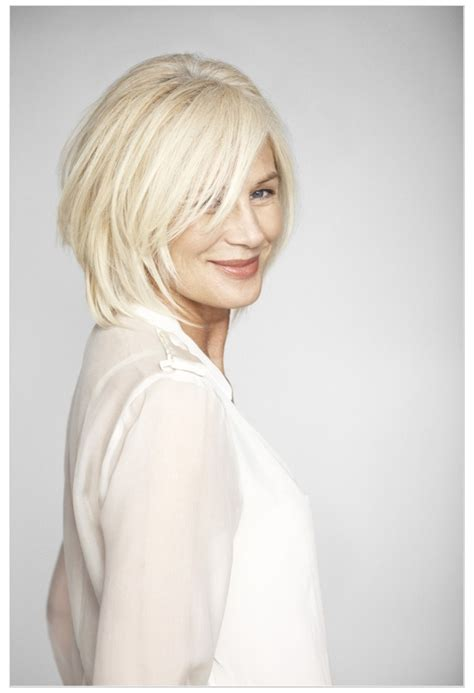 ordinary women with layed hairstyles layered bob beauty bath pinterest bobs colors and