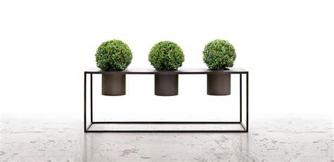 vasi de castelli vasi di design la nuova estetica delle fioriere de