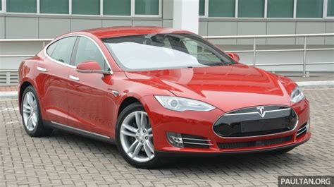 tesla outside free spotify premium for tesla s and x outside us