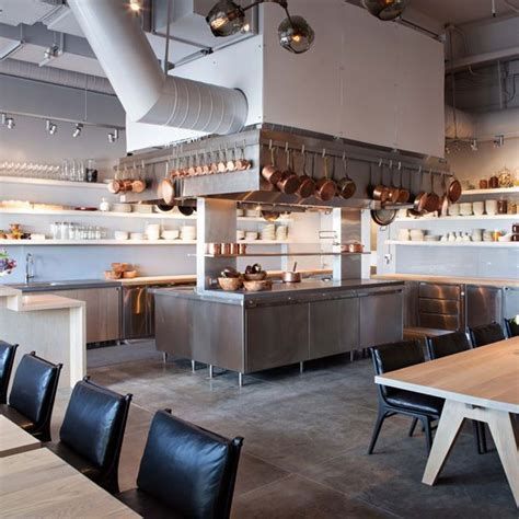 open kitchen restaurant design the 25 best ideas about open kitchen restaurant on