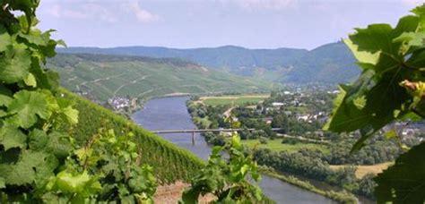 Auto Ummelden Kosten Rheinland Pfalz by Kulinarisches Wochenende In Rheinland Pfalz An Der Mosel