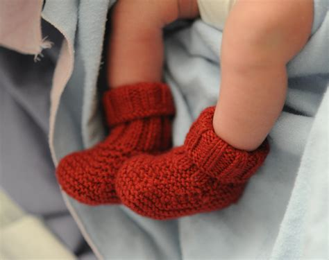 how to knit 3 together baby booties knitting pattern in the free knitting