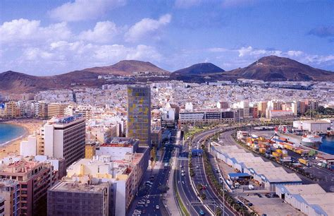 Colorful Beach Houses by Apartments Amp Apart Hotels In Las Palmas De Gran Canaria